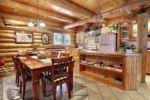 Chalet à louer Aventurier Salle à manger et cuisine - Chalet Ours Blanc
