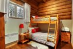 Chalet à louer Abénaki Chambre avec lit double superposé d'un lit simple - Chalet Abénaki