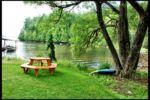 Chalet à louer Chalet Au Bord De L'eau - Lac Memphrémagog Une belle plage avec quai et 2 kayaks fournis